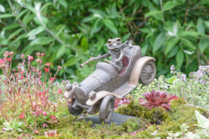 Toad of Toad Hall bronze miniature by Robert James Workshop